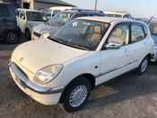 front photo of car M110A - 2000 Toyota DUET  - WHITE